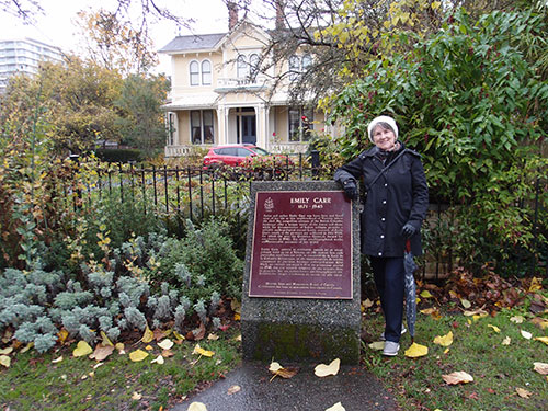 Eileen in front of the Emily Carr House